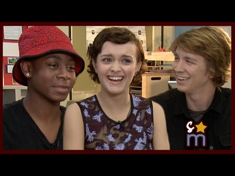 Me & Earl & the Dying Girl Cast on Bloopers & First Impressions Thomas Mann, Olivia Cooke, RJ Cyler
