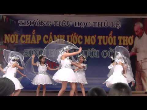 """Điệu múa """" Mái trường mến yêu """""""