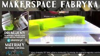 Drukarki drukują drukarki – transmisja z drukarki 3D