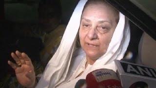 Saira Banu's PUBLIC STATEMENT on Dilip Kumar's HEALTH