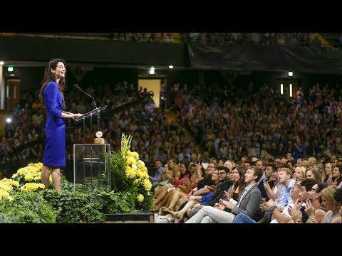 """Amal Clooney calls Vanderbilt grads to """"be courageous"""""""