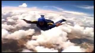 Barndogs 6th Skydive (Mani Bostock)