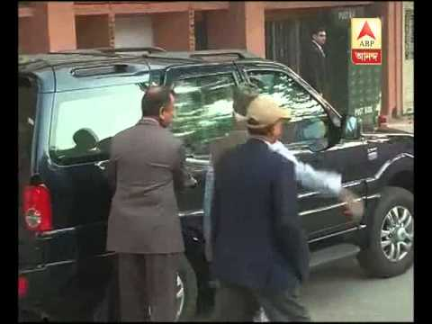 Hamid Ansari casts his vote for Delhi poll