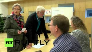 Denmark: Leader of Danish People s Party votes no in EU opt-out referendum