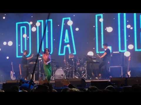 "Dua Lipa ""New Rules"" LIVE @ Glastonbury 2017"