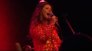 "Kate Pierson ""Candy"" Chicago, IL 7-21-2015 (Iggy Pop cover)"