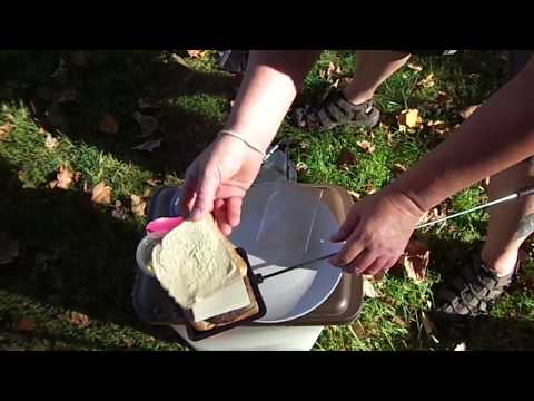 Mountain pie cheese burger (camping and cooking)