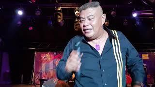 aZLI suruh penonton nyanyi lagu xpdc-raja kertas