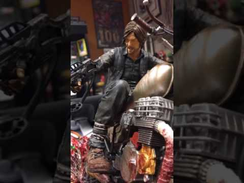Todd McFarlane Unboxes Daryl Dixon Resin Statue from AMC's The Walking Dead - McFarlane Toys