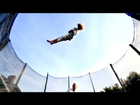 World S Best Trampoline Tricks In 4k Eurotramp Doovi
