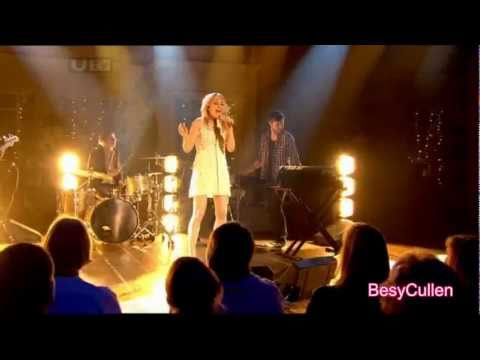 [HD] Ellie Goulding - Lights - live at The Alan Titchmarsh Show (17th March 2011)