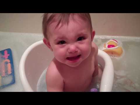 Baby scared of bubbles