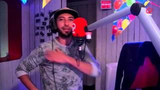 Que Pasa: De Dilemma-Macarena met  Nawfel Bardad-Daidj