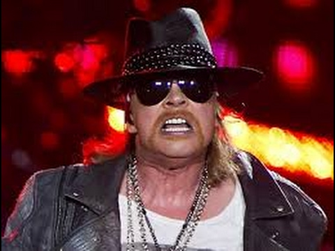 Axl Rose on stage mad 2017 - YouTube