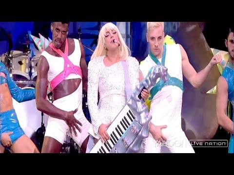 Lady Gaga - Just Dance, Poker Face, Telephone (ArtRave: The ARTPOP Ball Tour)