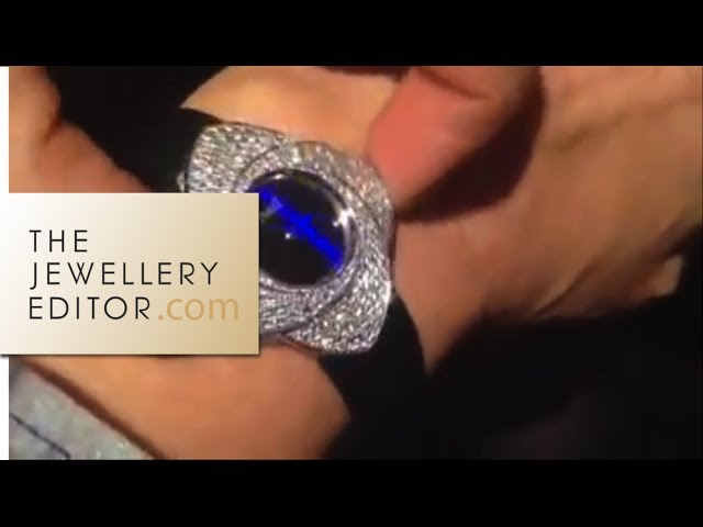 Video: Maria trying on Piaget Blooming Rose watch, black