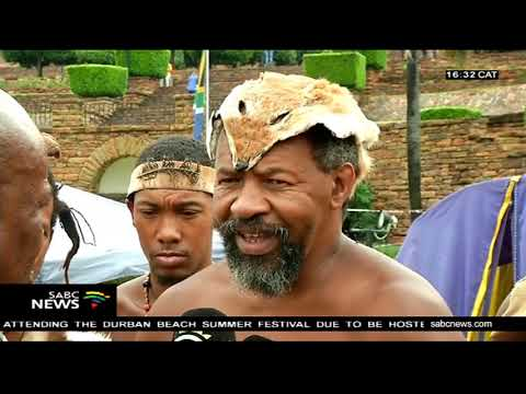 Khoisan members camp at the Union Buildings