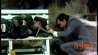 Chaves - Remédio Duro De Engolir / O Mendigo / A Moeda Perdida (ES) - Completo E Dublado (1972)