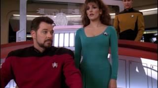 Riker is receiving 285,000 Hails Star Trek TNG (HD)