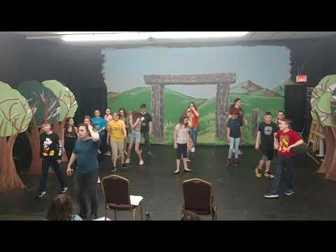 moses-supposes---singin-in-the-rain