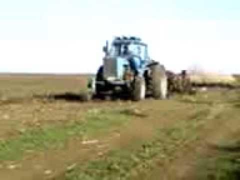 Энергонасыщенные тракторы МТЗ 2822 и МТЗ 3022.