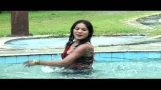 Sarkai lo khatiya jada lage bhojpuri hot song
