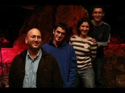 Pinhani - ''Ne Güzel Güldün orjinal''(zaman beklemez 2008)