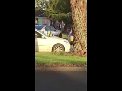 Police chase west Auckland