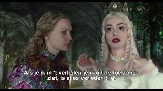 Kijk White Queen filmpje