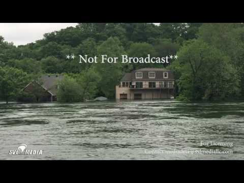 Branson, Missouri - Lake Taneycomo - Large Homes Flooded (Table Rock Dam Release) - May 1st, 2017