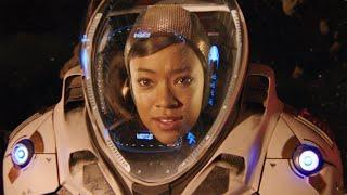 Star Trek: Discovery - Weaving Through Asteroids