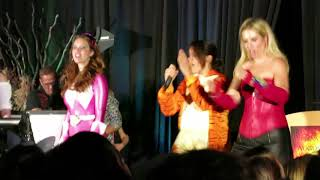 "VanCon 2017: Karaoke ""Girls Just Wanna Have Fun"""