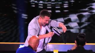 Mat Franco: iPhone Magic Trick - America's Got Talent 2014