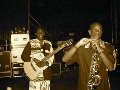Oliver Mtukudzi -  Mabasa