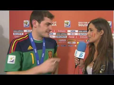 Spain Football Captain Casillas kiss a reporter