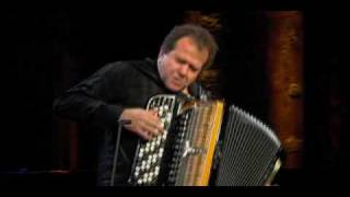 Richard Galliano playing Libertango (Piazzolla Forever) NEW VIDEO !!!