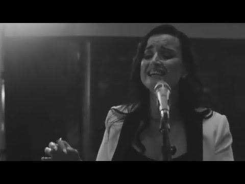 Emma-Lee - Worst Enemy (Live at Revolution Recording)