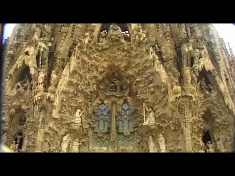 La Sagrada Familia Vacation Travel Video Guide
