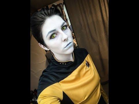 How To Make Up: Lieutenant Commander Data from Star Trek The Next Genereation