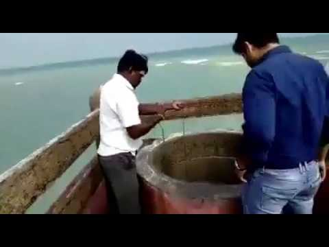 FRESH WATER WELL IN OCEAN ( Sri Lanka )