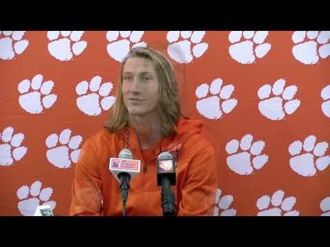 0b24c9da3 Yes, there's a Jesus angle — and a Chick-fil-A one — in Clemson's football  national title — GetReligion
