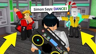 SIMON SAYS IN MURDER MYSTERY 2 (Roblox)