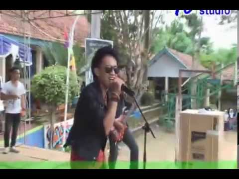Alianzee- Apatis (five minutes cover)SMUNIC CUP