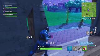 I think he's unconcious - Fortnite Battle Royale - Funny Clip