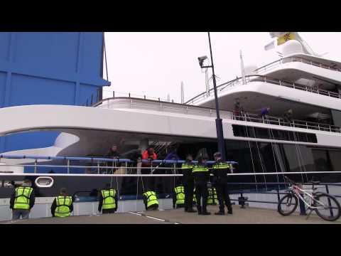Megajacht Symphony in Alphen aan den Rijn HD