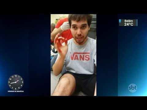 Ator denuncia ter sofrido ataque homofóbico em shopping de SP | SBT Notícias (15/02/18)