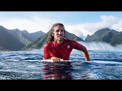 HURLEY SURF CLUB | ROB MACHADO AT HURLEY HQ