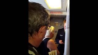 Авиадебоширку сняли с рейса Хургада – Москва