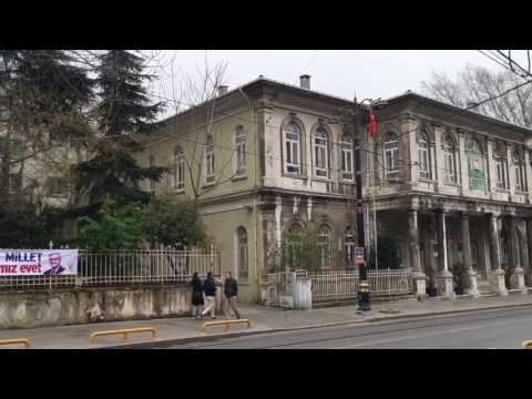 Istanbul street life