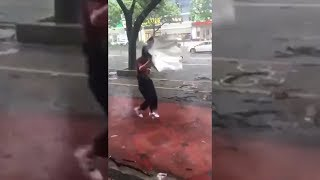 Scary Footage of Typhoon Mangkhut in Hong Kong